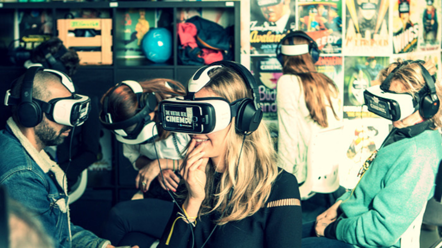 Synchronised Virtual Reality experiences for events